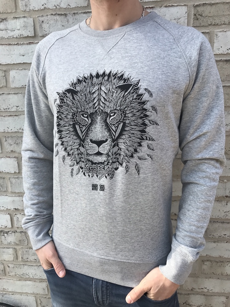 ONE ONE ONE Wear - Lion Sweater - size guide